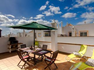 Apartment V, Very Close To Beach Cabanas De Tavira - Cabanas de Tavira vacation rentals
