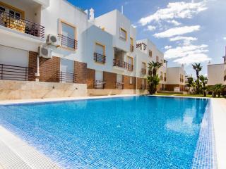 Apartment M, Air -  Con, Swimming Pool, Very Close To Beach Cabanas De Tavira. - Cabanas de Tavira vacation rentals