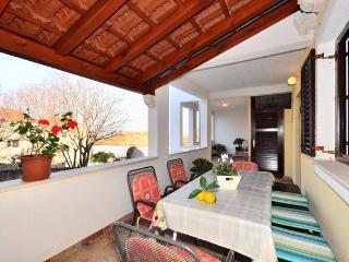 3 bedroom apartment - Gordana 1 - Supetar vacation rentals