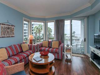 1205 SeaCrest- Pretty Villa,  Beach & Ocean Views - Hilton Head vacation rentals