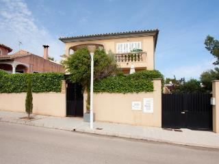 6 bedroom Villa in Son Serra De Marina, Baleares, Mallorca : ref 2288800 - Son Serra de Marina vacation rentals