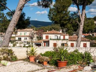 Wonderful French Riviera Flat with a Terrace and G - La Ciotat vacation rentals