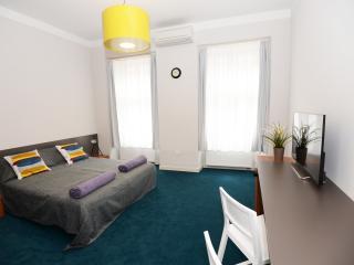 Perfect Zagreb Studio rental with Internet Access - Zagreb vacation rentals