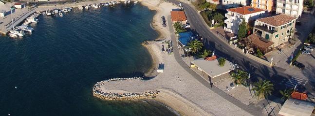 Beautiful 2 bedroom Condo in Okrug Gornji - Okrug Gornji vacation rentals