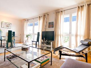 Stylish apartment in good location - Puteaux vacation rentals