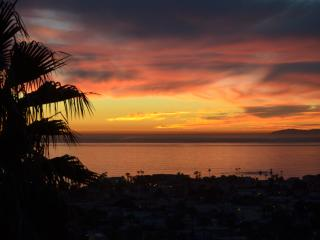 ARTISTS PENTHOUSE : Epic views, great location, - San Clemente vacation rentals
