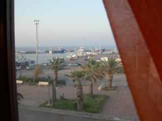 Appartamento sul porto di Calasetta - Calasetta vacation rentals