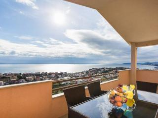 Apartment Petra - panoramic sea view - Podstrana vacation rentals