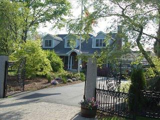 Family Fun Country House on the Island - Newport vacation rentals