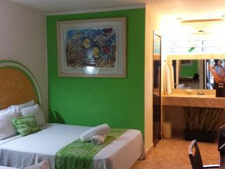 Hotel HC Internacional - Cancun vacation rentals