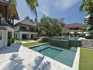 Villa Manis - an elite haven - Canggu vacation rentals