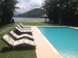 Vila Beira Mar em Angra dos Reis, Rio de Janeiro - Angra Dos Reis vacation rentals