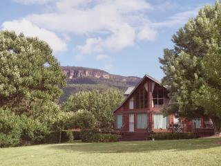 3 bedroom House with Dishwasher in Kangaroo Valley - Kangaroo Valley vacation rentals