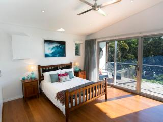 Drifted Away Luxury Accommodation at Valla Beach - Valla Beach vacation rentals