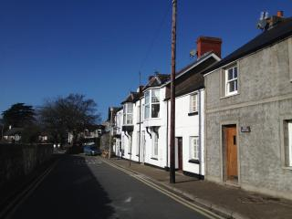 Smugglers Cottage Church St Newton Porthcawl - Porthcawl vacation rentals