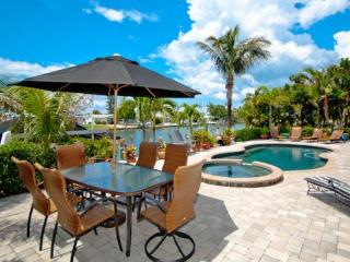 Beautiful 2 bedroom House in Holmes Beach - Holmes Beach vacation rentals