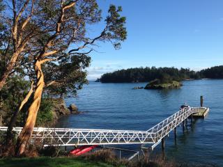 Gulf Islands - Waterfront Retreat on Piers Island - Pender Island vacation rentals