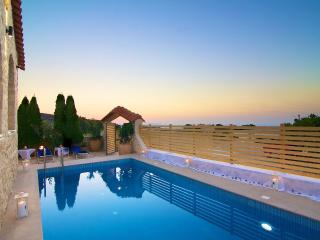 Charming Villa with Internet Access and Dishwasher - Rethymnon vacation rentals