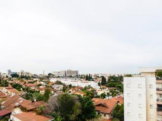 3 bedrooms Apartment Kfar Saba  #47 - Kfar Saba vacation rentals