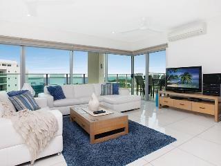 Beachlife Coral- Sleep up to 8 with Stunning Views - Top End vacation rentals