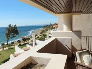 2 bed apartment, Bahia de la Plata - 1507 - Estepona vacation rentals
