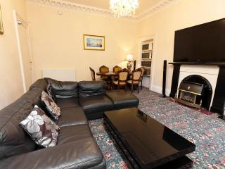 Large grange apartment - Edinburgh vacation rentals