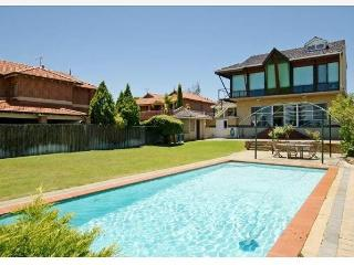 Bann2brothers Panoramic view of Perth city - Perth vacation rentals