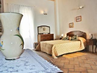 RosaThea suite-Taormina City Center - Taormina vacation rentals