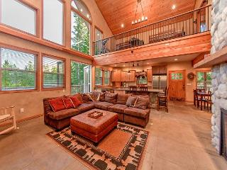 Stunning Mountain Home! 4BR+Loft | 3BA | Sleeps 12 | 3-for-2 Special! - Cle Elum vacation rentals