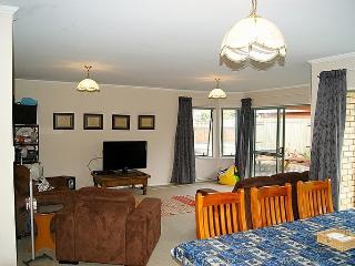 Hibiscus Haven - Mt Maunganui vacation rentals