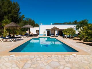 Bright 6 bedroom Villa in Santa Agnes de Corona - Santa Agnes de Corona vacation rentals