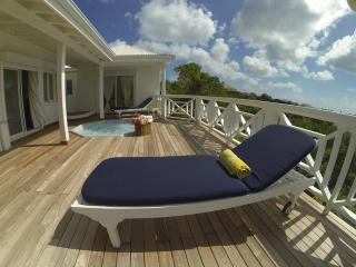 Guest House with 2 Bedroom + Jaccuzi Saint-Martin - Terres Basses vacation rentals