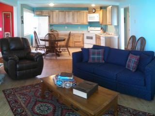 Captain's Quarters-25% discount-3 bdrm, oceanfront - Lincoln City vacation rentals