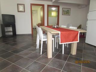 Monelli Case Vacanza Apartment - Marittima vacation rentals