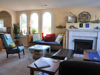 The Dive Inn, Close to Downtown,Gulf Coast Charter - Pensacola vacation rentals