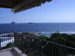 RioBeachRentals - Amazing Ocean Views - #250 - Ipanema vacation rentals