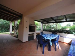 Villa Geranio in residence con piscina - Santa Teresa di Gallura vacation rentals