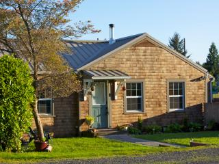 Wood Street Guest House // 2 Bedroom Main House - Forks vacation rentals
