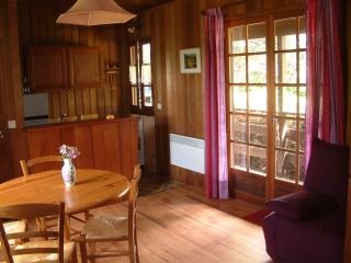Bright Chalet with Dishwasher and Kettle in Valliere - Valliere vacation rentals