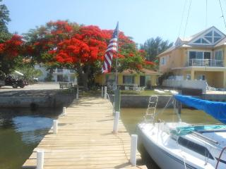 Houses & Vacation Rentals in Bradenton Beach | FlipKey