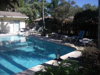 Perfect House with Internet Access and Dishwasher - Boca Raton vacation rentals