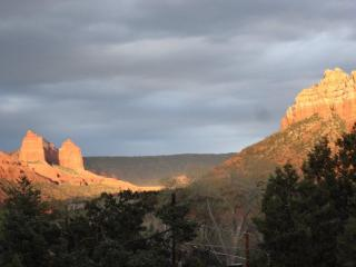 Sedona Cabin, Perfect Views, Near Art & Dining - Sedona vacation rentals