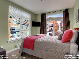 2 Bedroom, 1.75 Bathroom Beautiful Courtyard View Oasis - Seattle vacation rentals