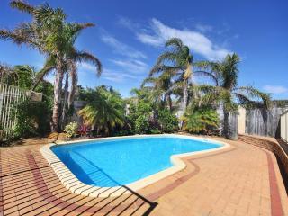 MINDARIE PALMS - Mindarie vacation rentals