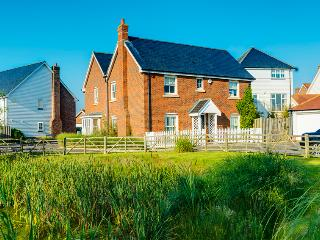 Charming House with Internet Access and Television - Camber vacation rentals