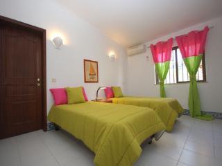 Villa Conchas 4 bedroom Vilamoura - Quarteira vacation rentals