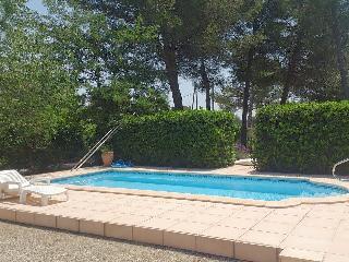 Les Chênes dorés - Studio Provençal à Grans - Grans vacation rentals