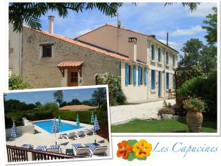 Sunny Moragne vacation Gite with Internet Access - Moragne vacation rentals