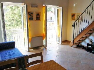 App. Corniglia (Casa Vacanze La Frontiera) - Sesta Godano vacation rentals