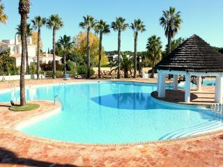 Stevens White Apartment, Quinta do Lago, Algarve - Quinta do Lago vacation rentals